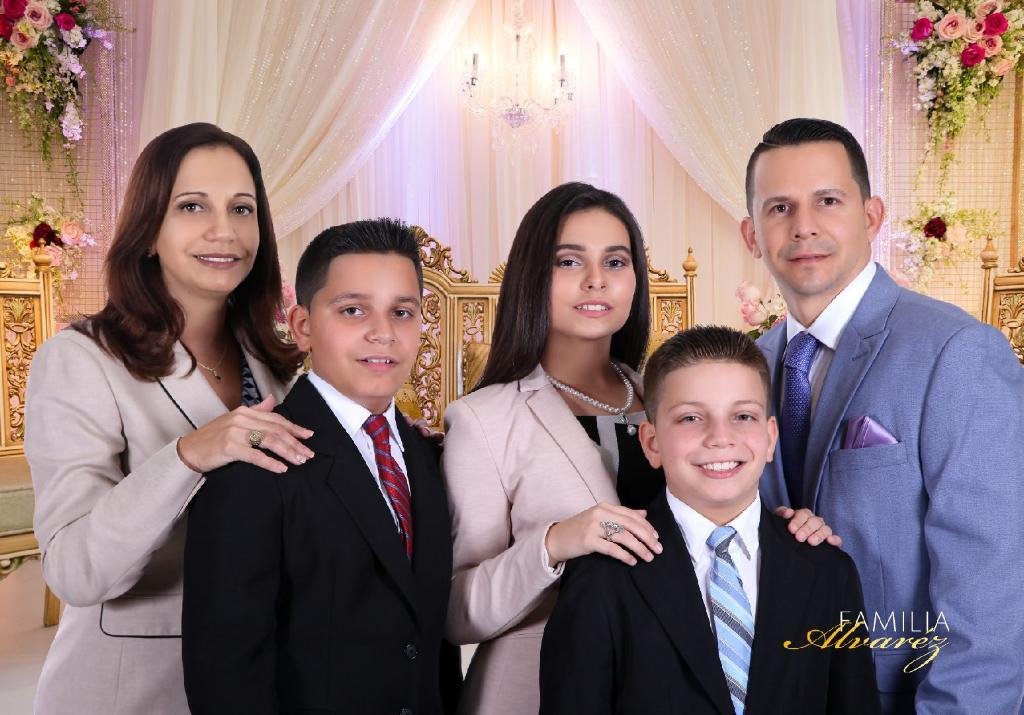 Familia Alvarez Tampa